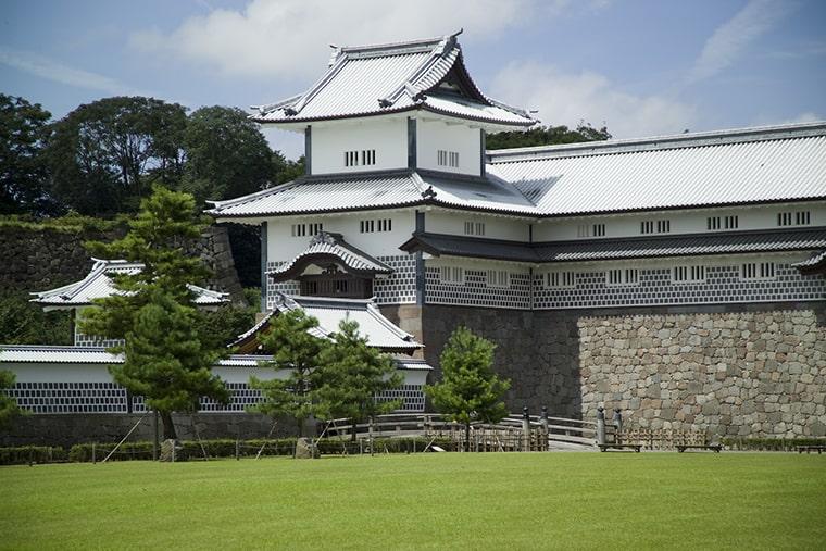 Le château de Kanazawa au Japon
