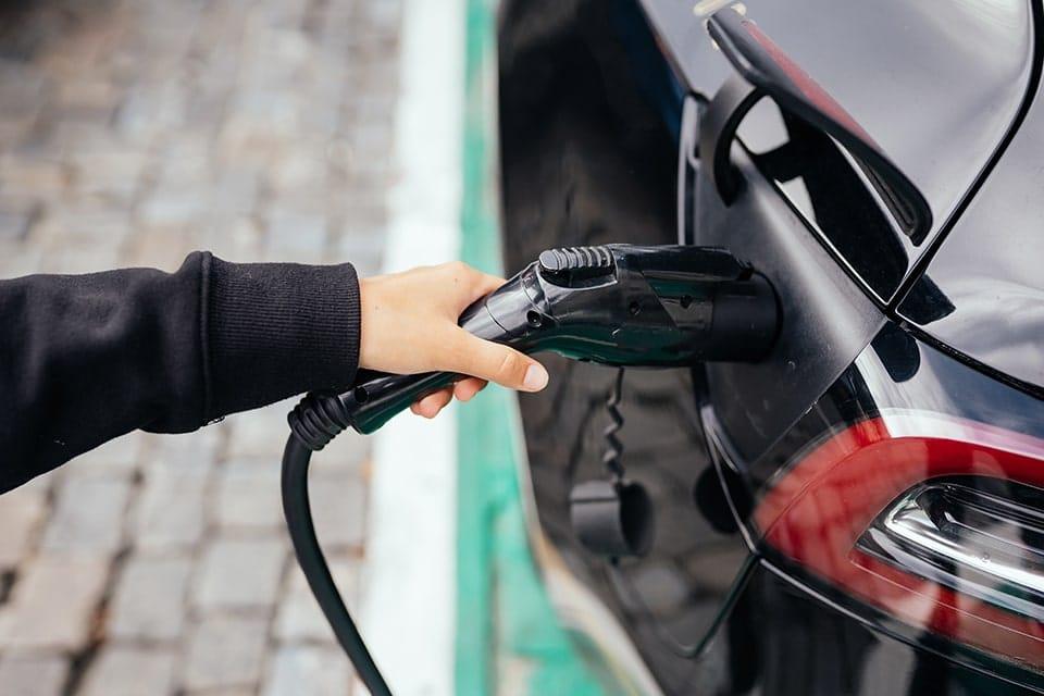 Votre borne de recharge pour voitures électriques avec Eco-Pi