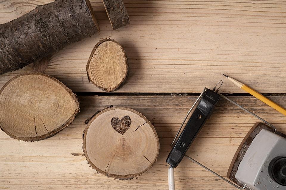 Les meubles d'ébénistes, pour la réalisation de meubles en bois sur-mesure